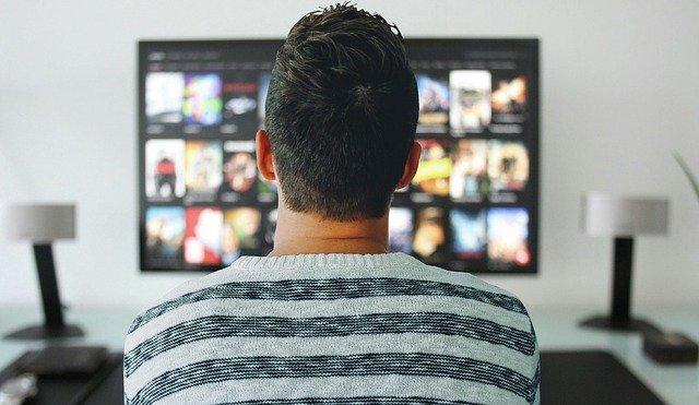 sledování TV