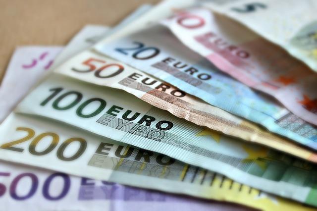 peníze.jpg